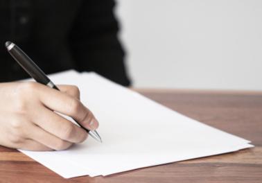 Les écrivains publics : des plumes à votre service !